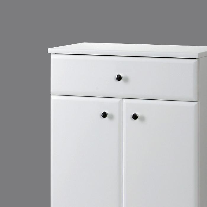 Riva vonios kambario baldai, pastatoma spintelė, su dviem durelėm ir stalčiumi UA59-1